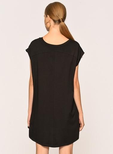 Loves You A Shape Loose Fit Düşük Kol Bluz Siyah